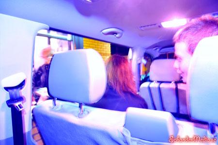 Taxi via Mc´Donalds drive in. För er som undrar, det kostade 180kr extra att stanna till på donken som låg på vägen hem. Nattmat när den är som bäst...